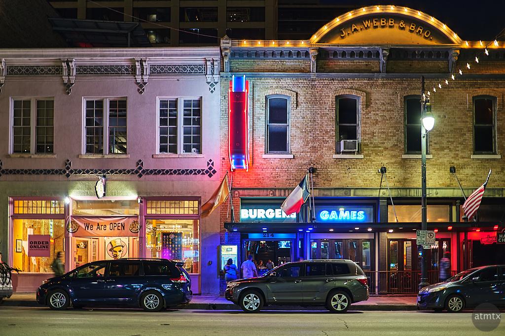 6th Street Burger and Games - Austin, Texas