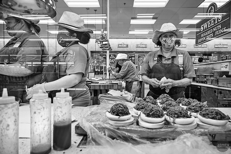 Buc-ee's Sandwich Makers - Melissa, Texas