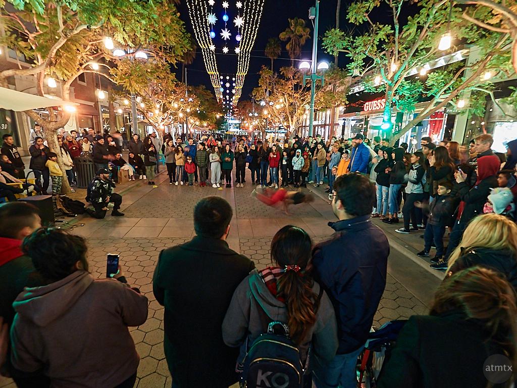 Street Performance, Third Street Promenade - Santa Monica, California
