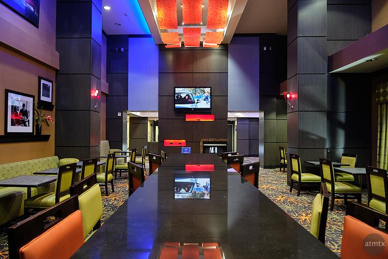 Colorful Hampton Inn Lobby - Tulsa, Oklahoma