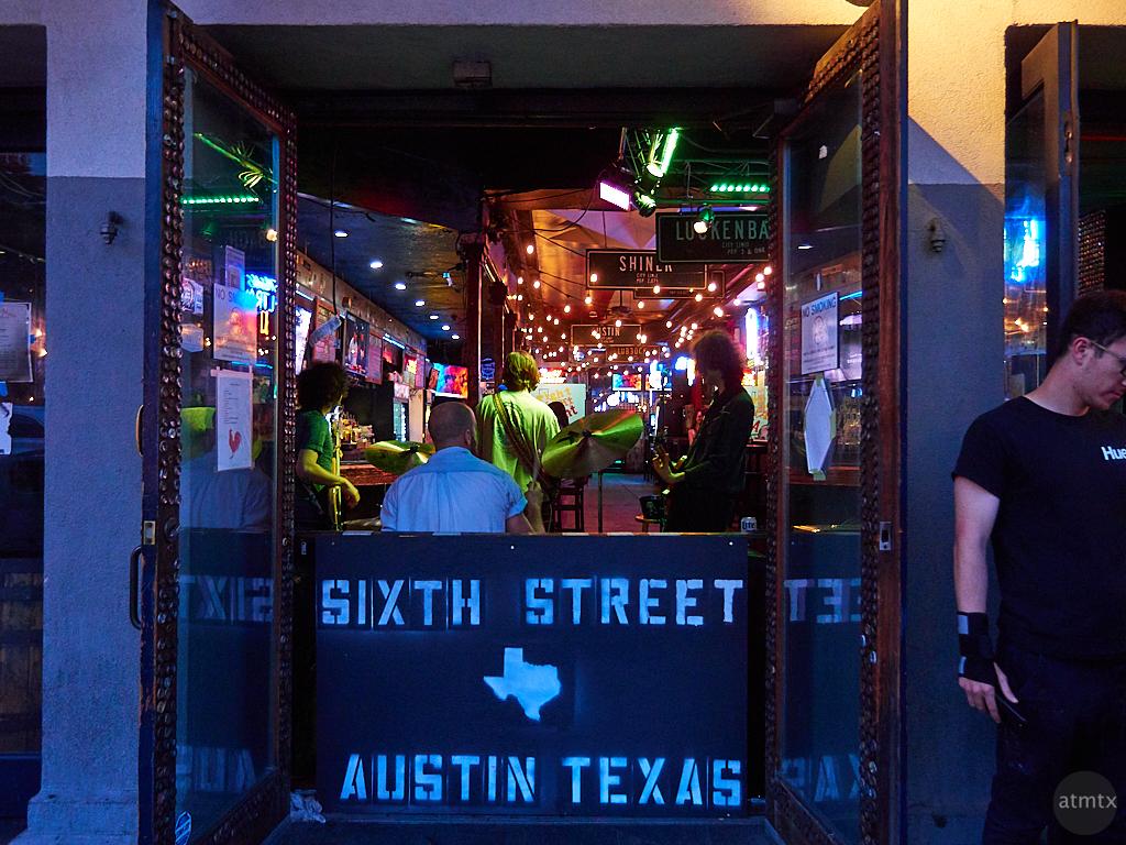 Live Performance, 6th Street - Austin, Texas