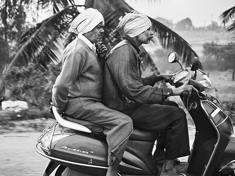 Scooter Riders - Road to Mysore, India