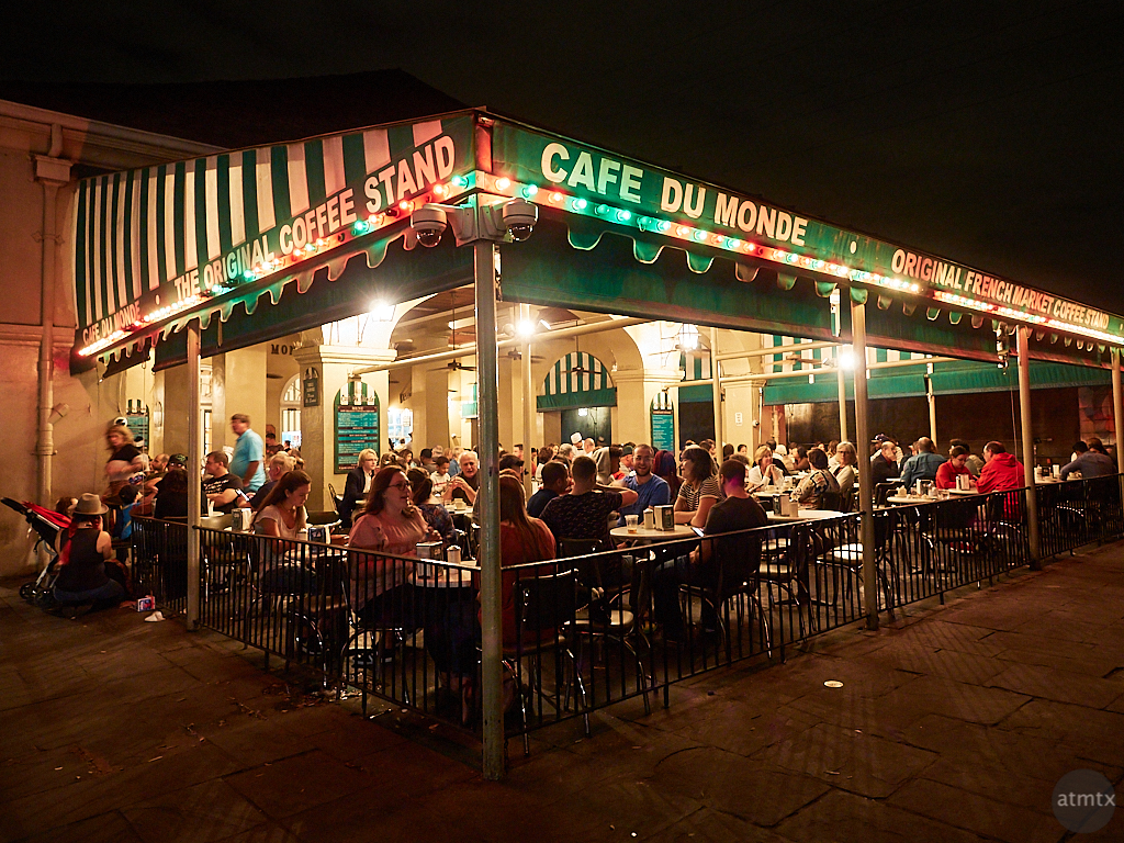 Cafe Life at Cafe Du Monde - New Orleans, Louisiana