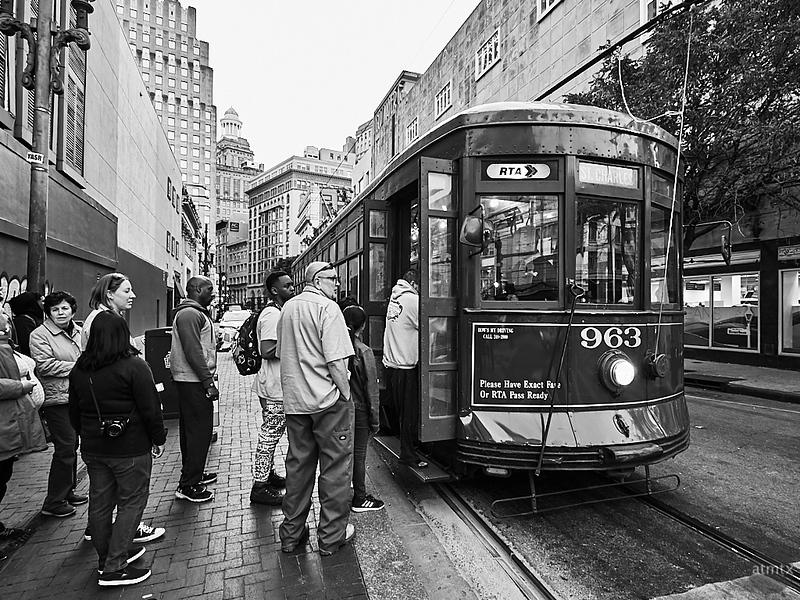 Boarding, St. Charles Streetcar - New Orleans, Louisiana