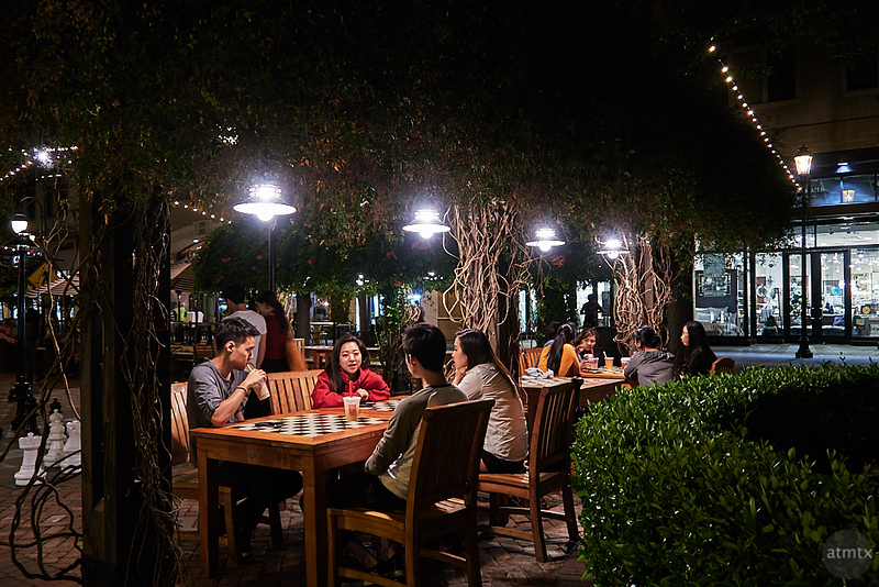 A Table of Friends, Santana Row - San Jose, California