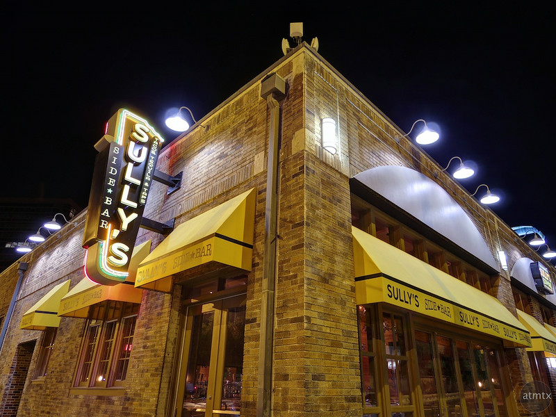 Sully's on the Corner, Warehouse District - Austin, Texas