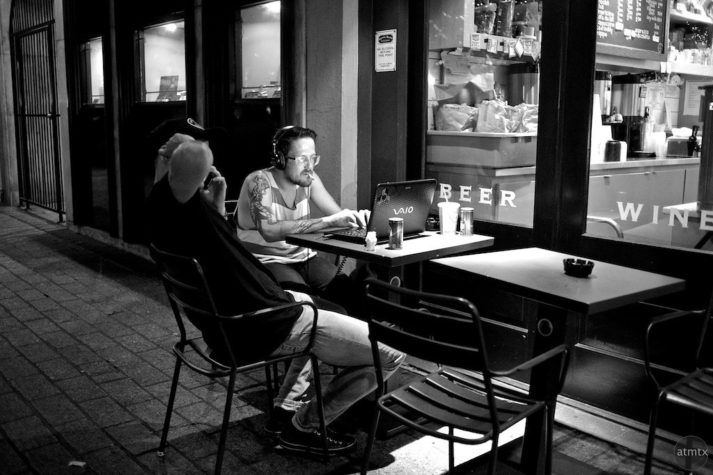 Cafe Life, Congress Avenue - Austin, Texas