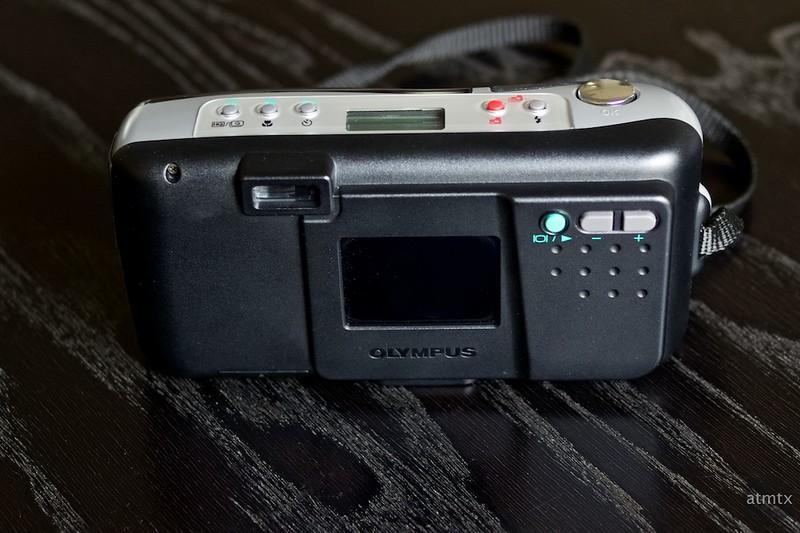 Olympus D-200L
