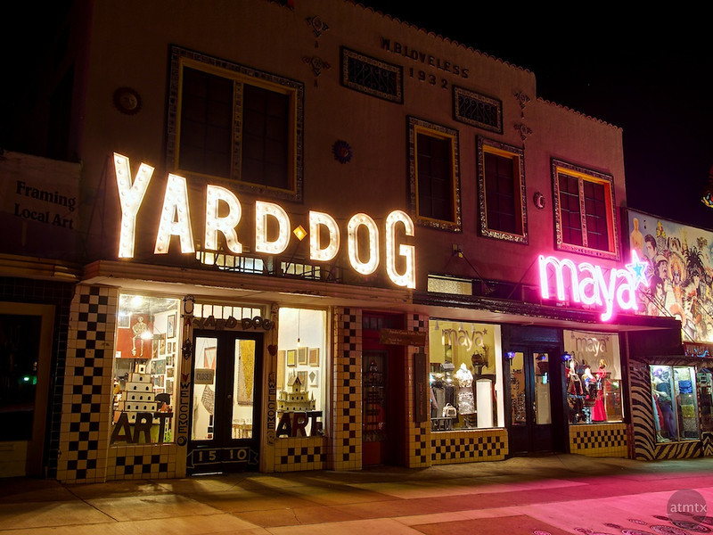Yard Dog and Maya, SoCo - Austin, Texas