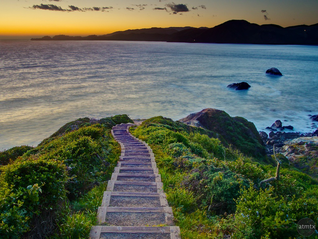 http://www.atmtxphoto.com/Blog/Creative-commons/i-Skr2FJv/0/XL/san-francisco-ca-battery-crosby-stairs-XL.jpg