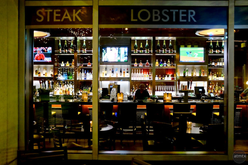 Steak and Lobster, Bar on Congress Avenue - Austin, Texas