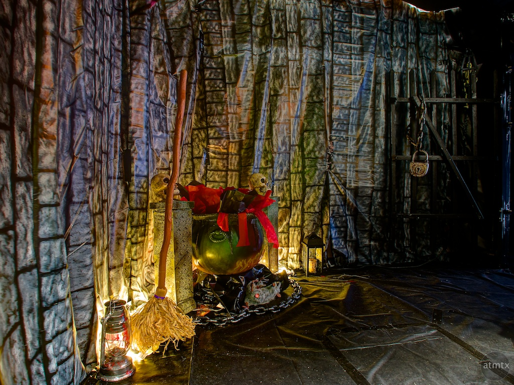 Witch's Castle, Wizard of Oz Themed Haunted House - Austin, Texas