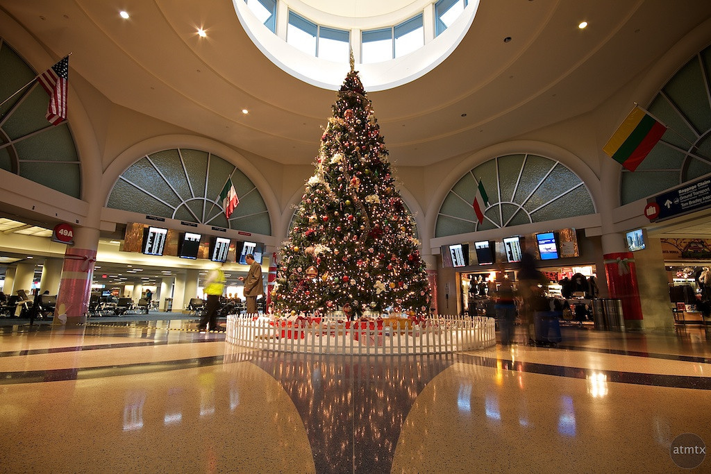 Christmas Tree, LAX American Airlines Terminal
