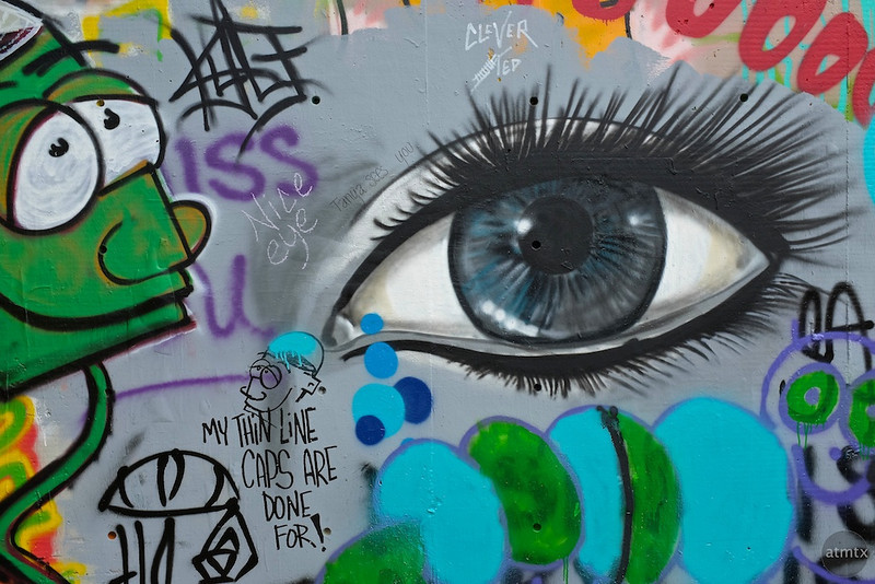 Observations at the graffiti wall #7 - Austin, Texas