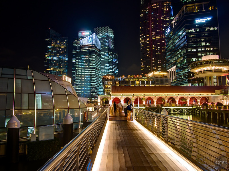 The Bridge to the Fullerton - Singapore