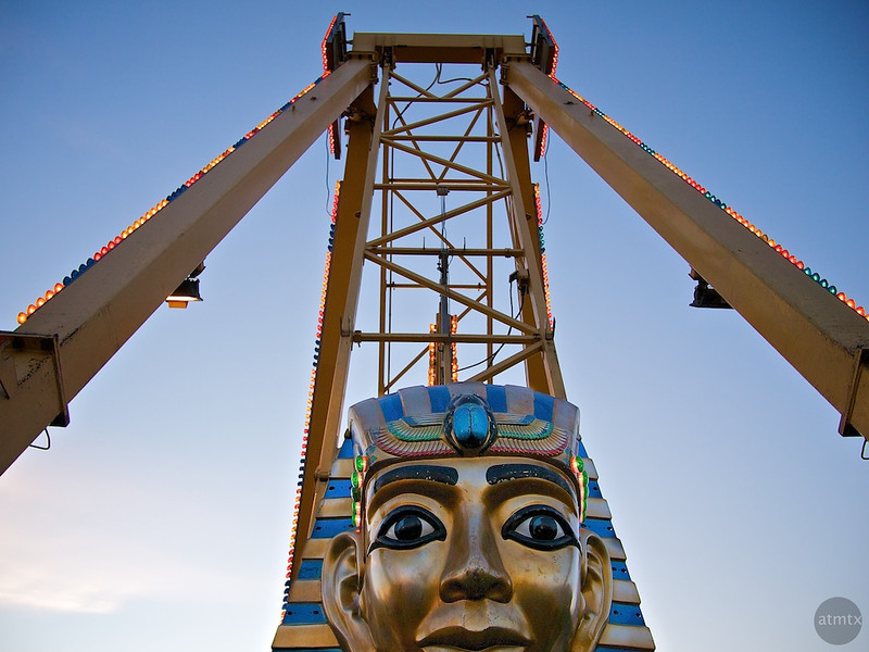 Pharaoh's Fury, Parking Lot Carnival - Round Rock, Texas