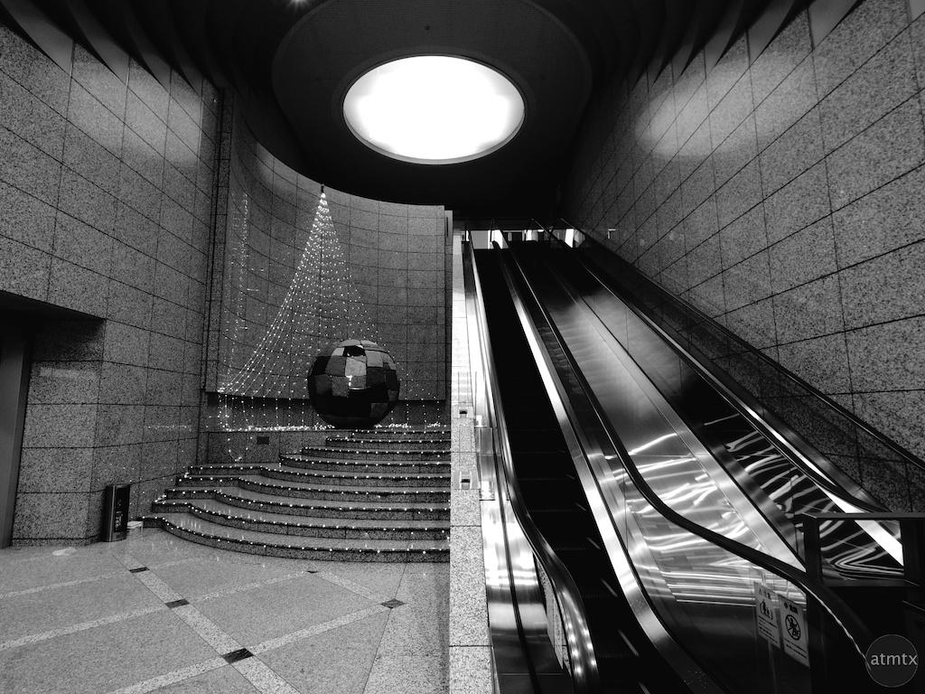 The Escalator and the Circle - Tokyo, Japan