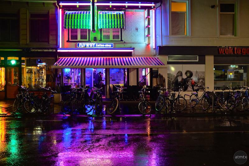 Purple reflection, Fly-N-HY Coffee Shop - Bread, Netherlands