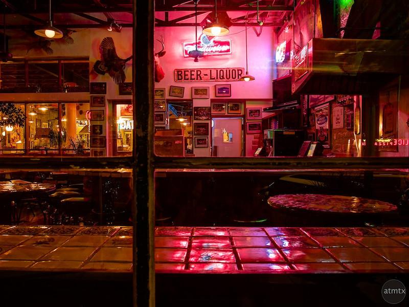 Empty Bar, Guero's - Austin, Texas