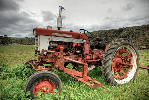 066|Red Tractor [Pescadero, California]