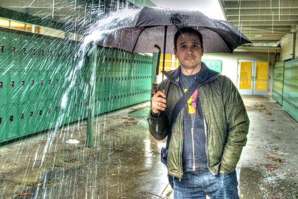 058|Umbrella Man
