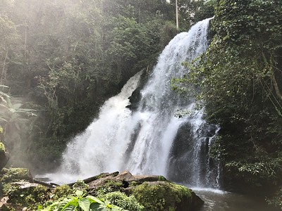 Pha Dok Sieo Waterfall Closeup