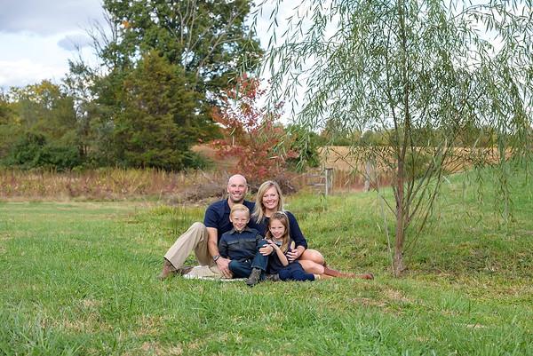 Cincinnati Family Photographer on Amelia Farm 2