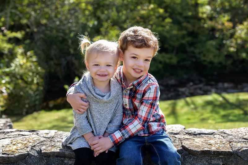 Cincinnati Family Photographer Sibling Photo Fall Mini Session