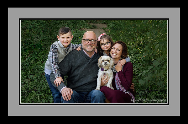 Cincinnati Family Photographer Framed Family Portrait at Devou Park