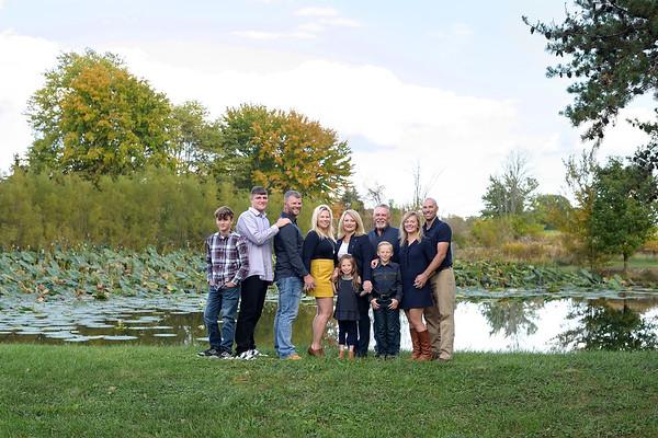 Extended Family Photographer Generation Photo on Amelia Farm