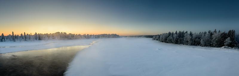Polar night over the Muonio river
