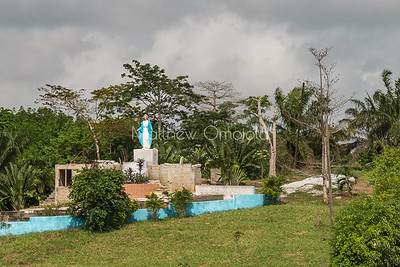 Grotto to the Virgin Mary on the roadside Abidjan to Yamoussoukro, Ivory Coast, Cote d'Ivoire