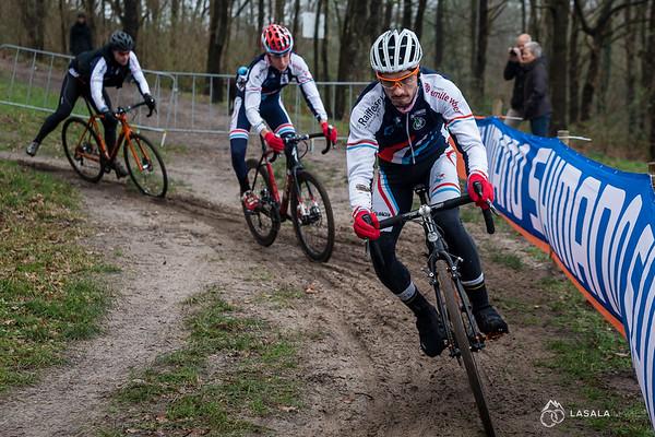 The team from Luxemburg on the pre-ride at the Hoogerheide Cyclo-cross World Cup on January 23, 2016 in Hoogerheide, The Netherlands. Photo: Matthew Lasala