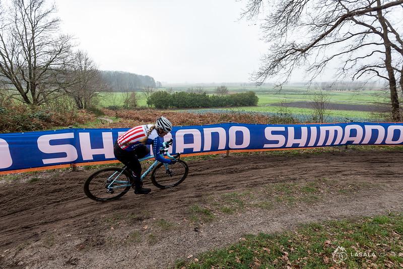Katie Compton on the pre-ride at the Hoogerheide Cyclo-cross World Cup on January 23, 2016 in Hoogerheide, The Netherlands. Photo: Matthew Lasala