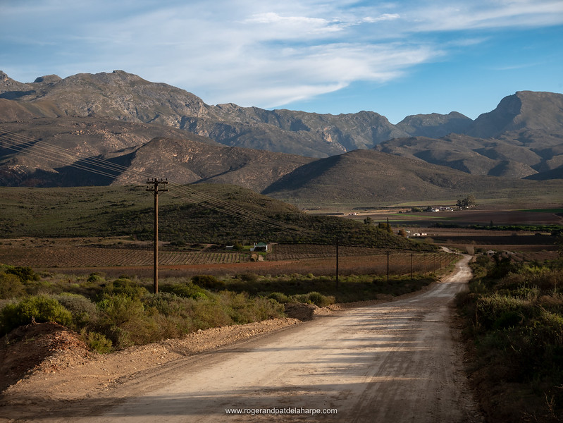 Rural scene near McGregor with the Riviersonderend Mountains in the background. Western Cape. South Africa
