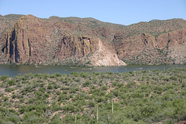 Canyon Lake and old mine006