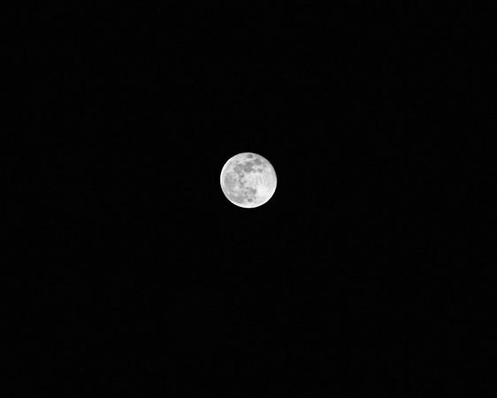December 24, 2007 full moon in black and white.  Matthew loves the moon!!!