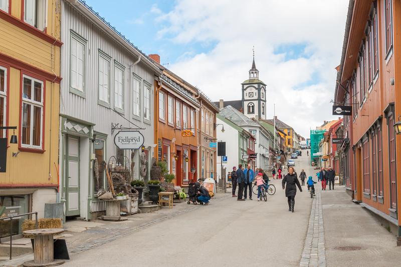 Main street, Røros