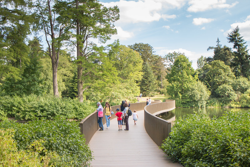 Family time, Kew Gardens, London