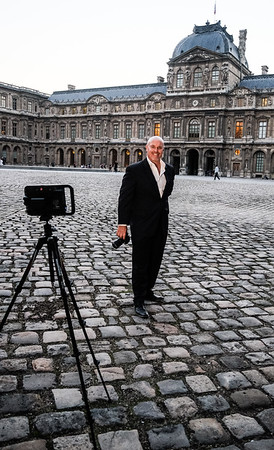 Photographing a portrait session in the Louvre, Paris.