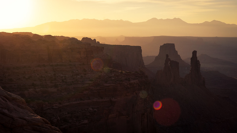 A close up of the view behind Mesa Arch.