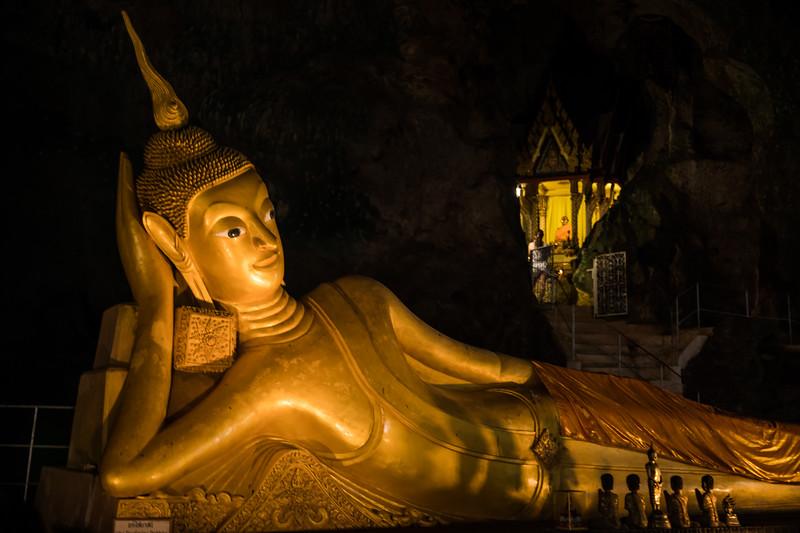 """Reclining Buddha"" in Wat Tham Suwan Khuha a.k.a ""Monkey Cave"""