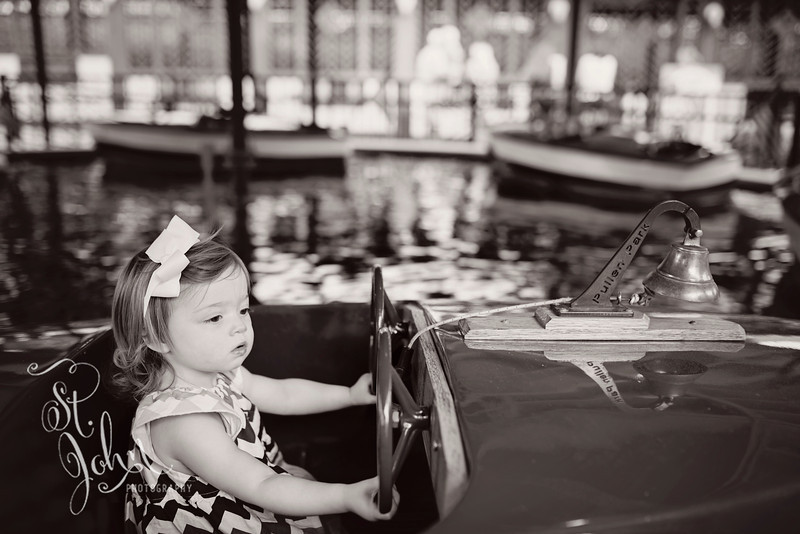 Water... My niece called me about a week ago and asked if we wanted to go & play with her at Pullen Park. Madeline LOVED the boats!