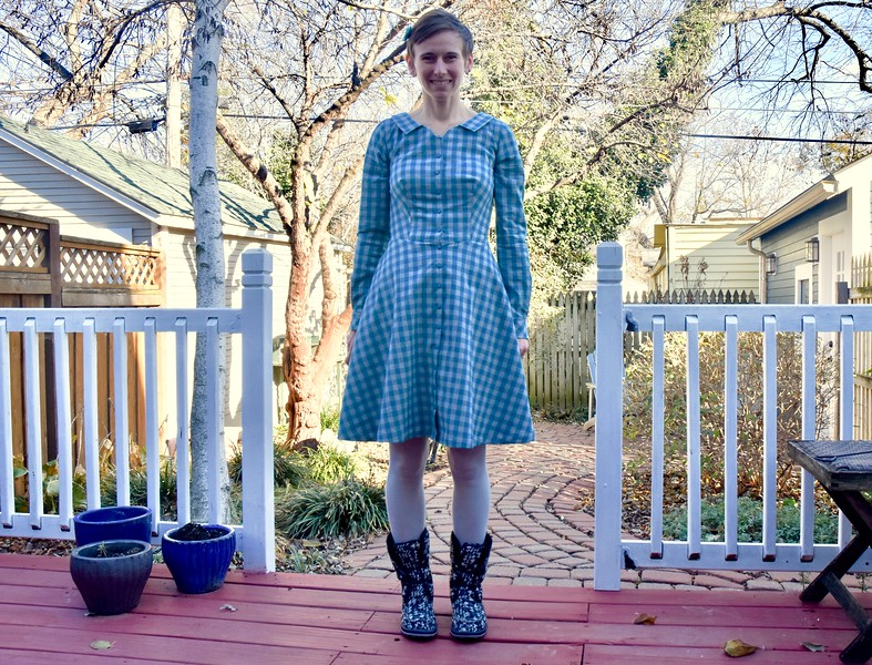 """Last year I saw several online sewers make flannel shirt dresses and thought it was a fantastic idea. Melisa from Stitchology created one of my favorites: <a href=""""https://www.instagram.com/p/BASTU7BiqRc/"""">https://www.instagram.com/p/BASTU7BiqRc/</a>. So when I was in her shop this spring, I grabbed a couple of flannels and figured I'd make one this fall.<br /> <br /> And as I wrote last month, I had planned to have it finished a little sooner. But life got in the way. I've still been crazy busy working on moving across half the country, but here and there I've snuck in some sewing time."""