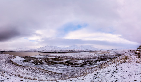 A wide snowscape shoot on handheld at 14mm