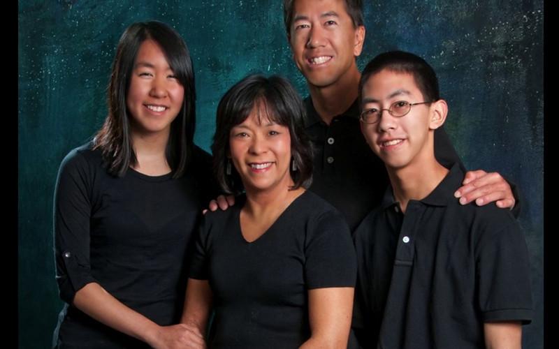 THE CHOW FAMILY & DAVID'S SENIOR PHOTOS