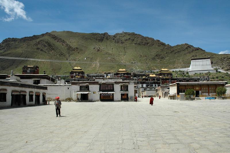 Tashilhunpo Monastry