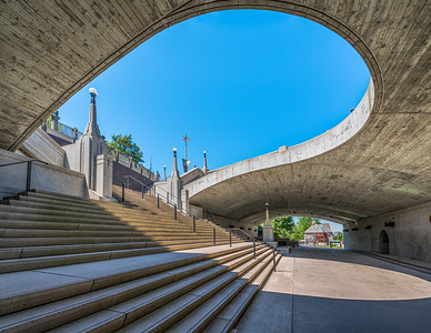 Wellington street overpass over the Rideau canal