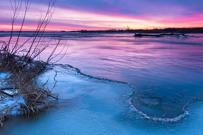 Sunrise at minus 25˚C