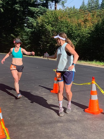 Passing to Jaime after my first (hot) leg/Photo by Ruby Roberts.